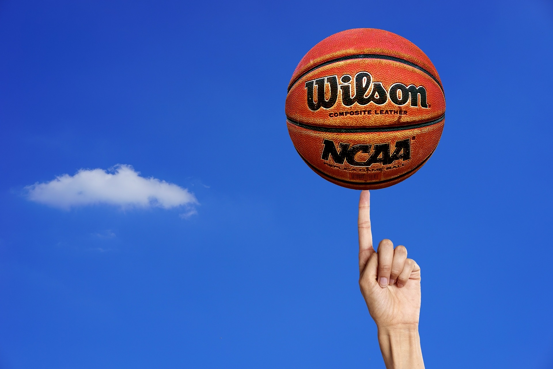 Coach Your Sales Reps Like a Basketball Coach Would